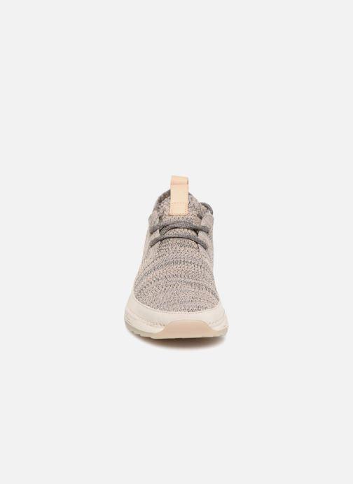 Baskets Clarks Tri Native. Beige vue portées chaussures