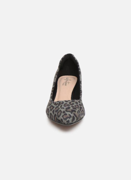 Escarpins Clarks Linvale Jerica Gris vue portées chaussures