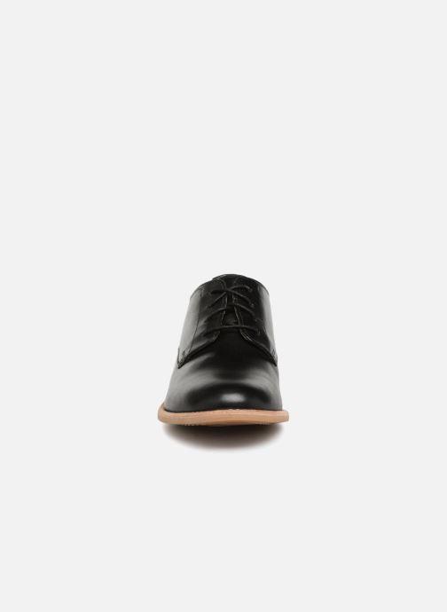 Schnürschuhe Clarks Edenvale Ash schwarz schuhe getragen