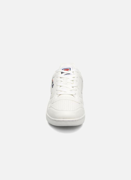 Baskets FILA FX100 Low Blanc vue portées chaussures