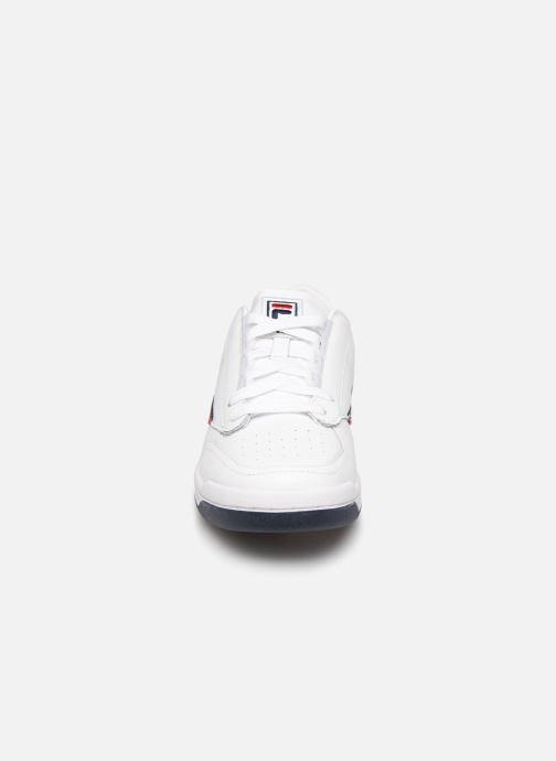 Baskets FILA 1VT13040 Blanc vue portées chaussures