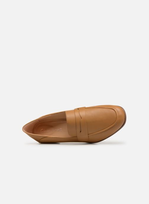Mocassins Clarks Pure Iris Bruin links