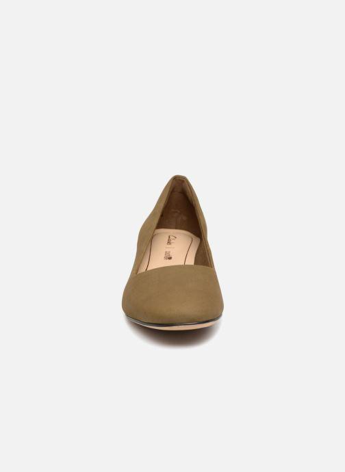 Escarpins Clarks Orabella Alice Vert vue portées chaussures