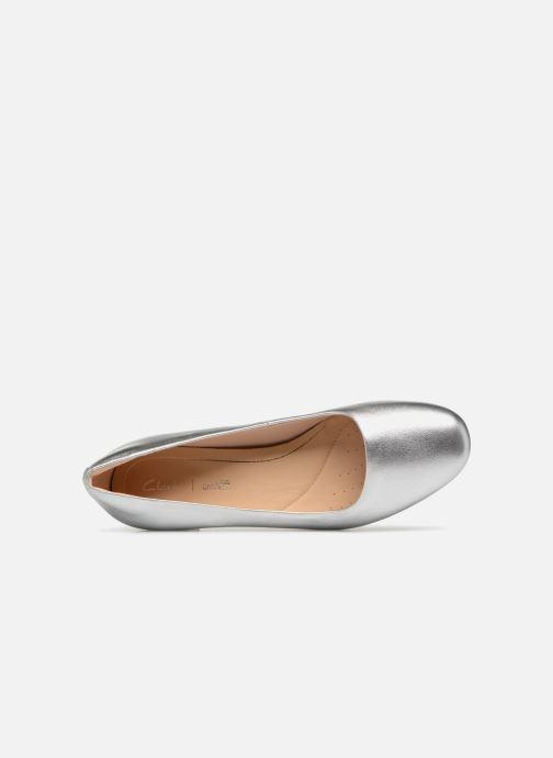 Zapatos de tacón Clarks Orabella Alice Plateado vista lateral izquierda