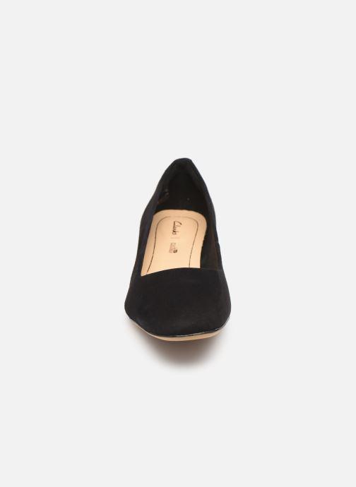 Escarpins Clarks Orabella Alice Noir vue portées chaussures