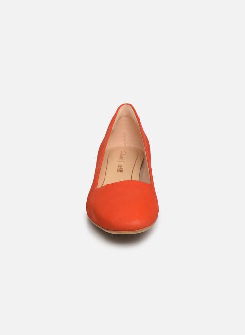 Escarpins Clarks Orabella Alice Orange vue portées chaussures