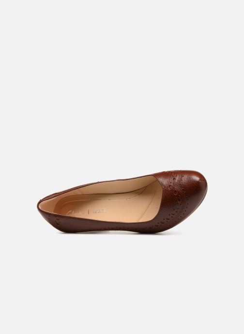 Zapatos de tacón Clarks Dalia Ruby Marrón vista lateral izquierda