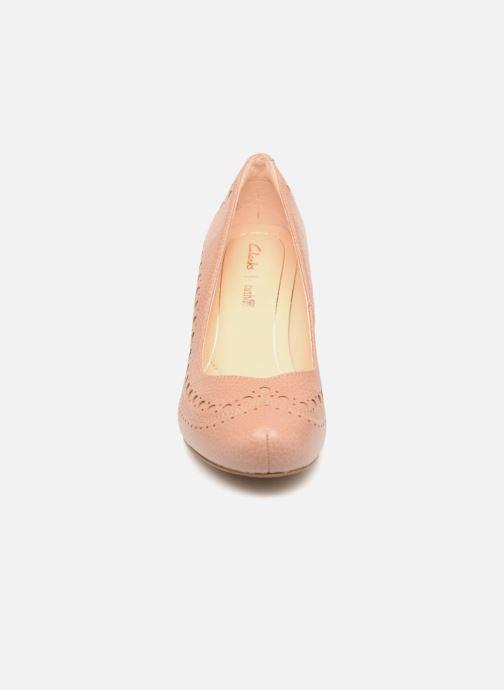 Høje hæle Clarks Dalia Ruby Beige se skoene på