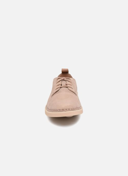 Chaussures à lacets Clarks Hale Lace. Beige vue portées chaussures