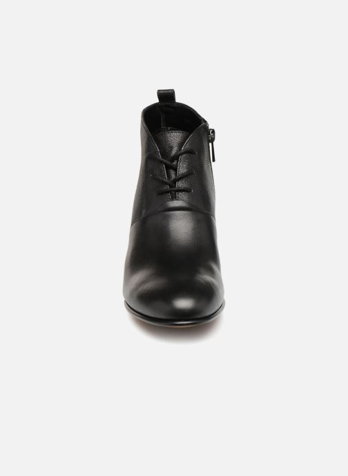 Boots en enkellaarsjes Clarks Maypearl Lucy Zwart model