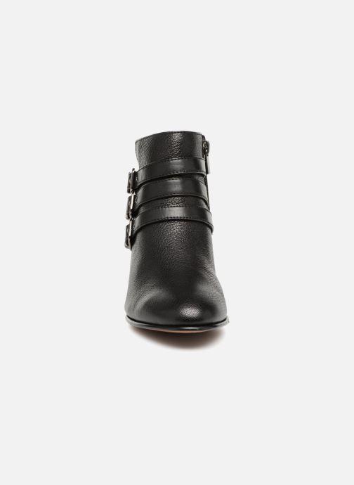 Bottines et boots Clarks Maypearl Rayna Noir vue portées chaussures