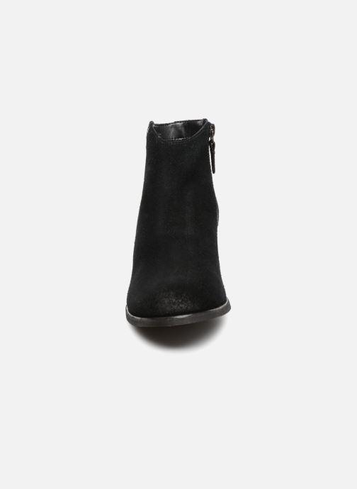 Bottines et boots Clarks Maypearl Fawn Noir vue portées chaussures