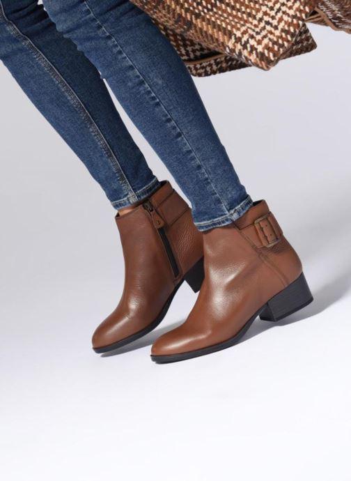 Bottines et boots Clarks Elvina Dream Noir vue bas / vue portée sac