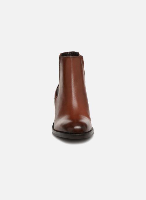 Bottines et boots Clarks Mascarpone Bay Marron vue portées chaussures