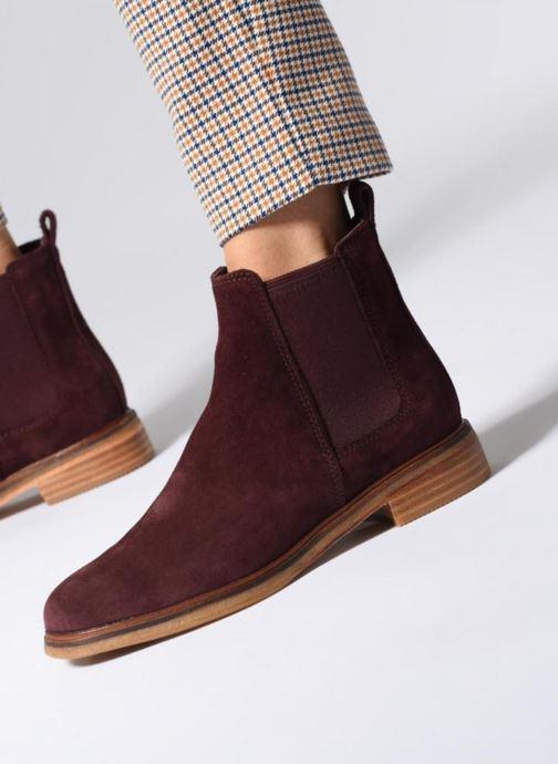 Bottines et boots Clarks Clarkdale Arlo Bordeaux vue bas / vue portée sac
