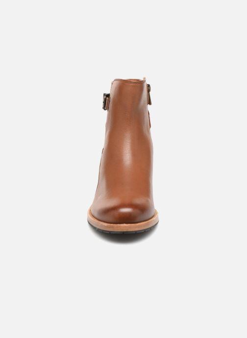 Boots en enkellaarsjes Clarks Clarkdale Jax Bruin model