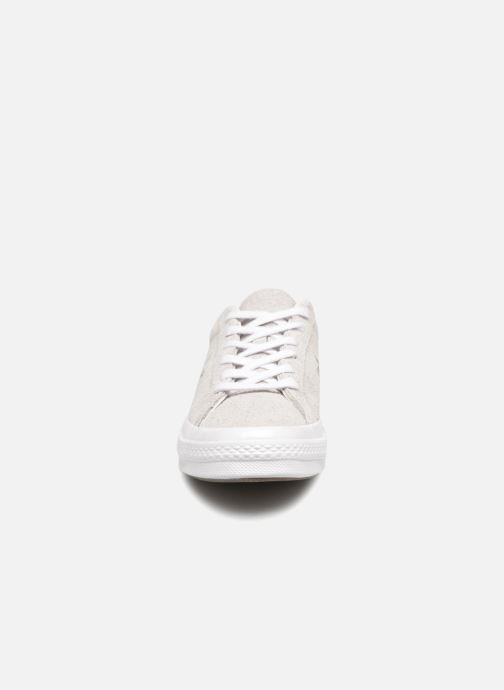 Trainers Converse One Star Ox Ash W Grey model view