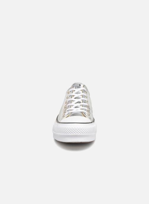Baskets Converse Chuck Taylor Lift Ox Argent vue portées chaussures