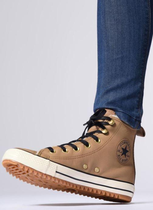 Baskets Converse Chuck Taylor Hiker Boot Hi Marron vue bas / vue portée sac