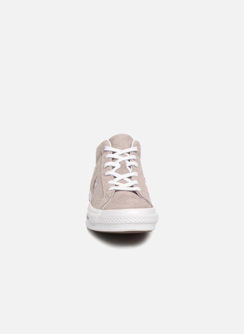 Sneaker Converse One Star Mid W grau schuhe getragen