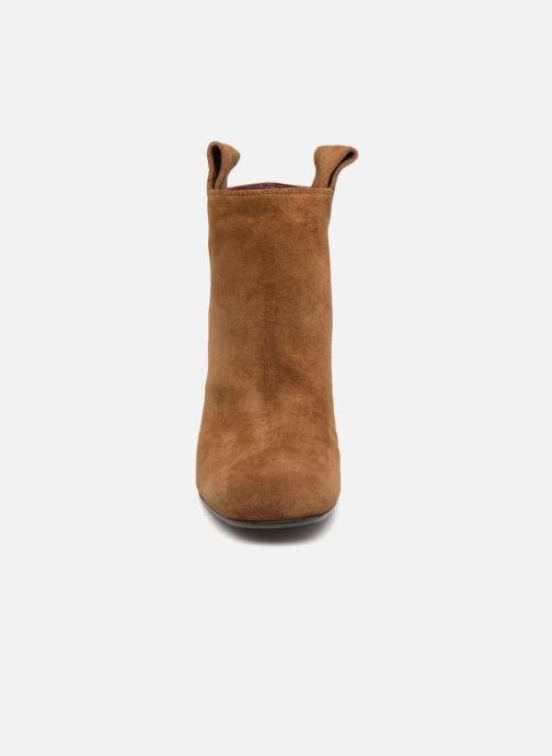Bottines et boots Avril Gau Chic Marron vue portées chaussures