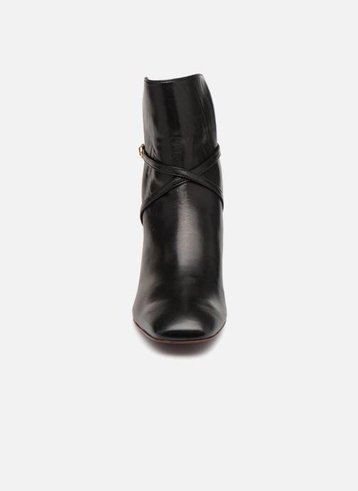 Bottines et boots Avril Gau Tamara Noir vue portées chaussures