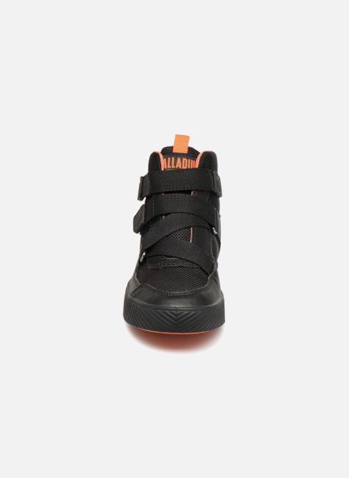 Sneaker Palladium Pallastreet Mid ST schwarz schuhe getragen