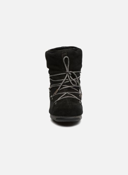 Chaussures de sport Moon Boot Moon Boot Low Suede Wp Noir vue portées chaussures