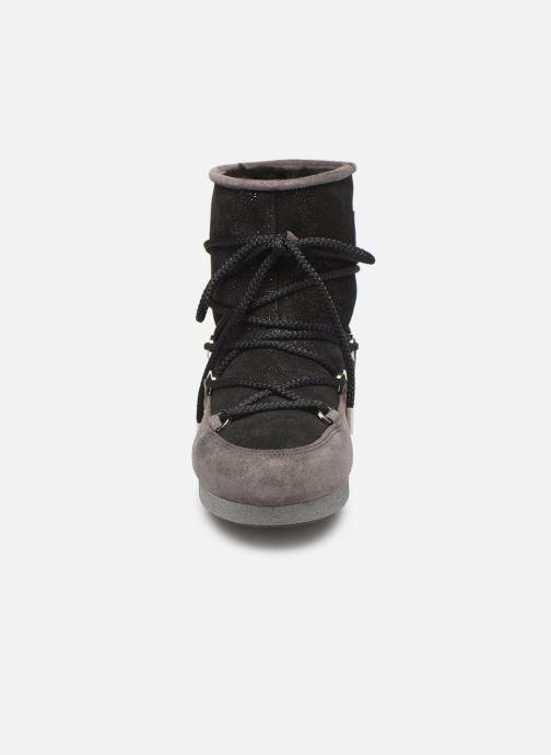 Chaussures de sport Moon Boot Moon Boot Far Side Low Suede Glitter Noir vue portées chaussures