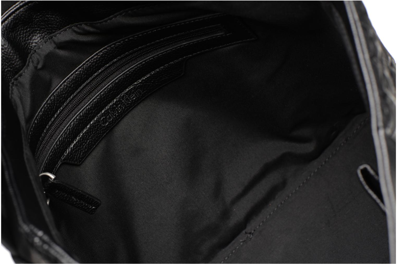 Sacs homme Calvin Klein MEDIUM SHOULDER BAG Noir vue derrière