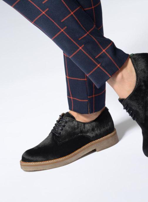 Chaussures à lacets Kickers OXFORKPONY Noir vue bas / vue portée sac