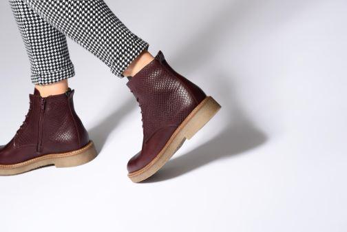 2033733e19efb9 Stiefeletten & Boots Kickers OXIGENO weinrot ansicht von unten / tasche  getragen
