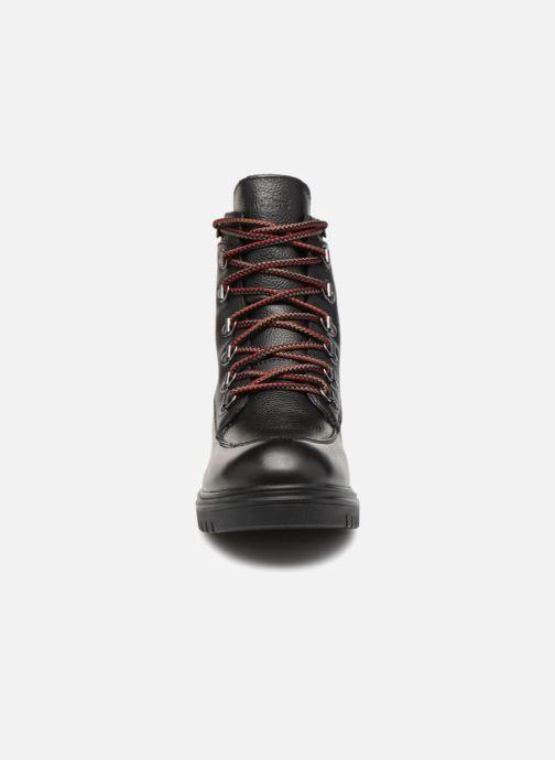 Bottines et boots Kickers ISERANE Noir vue portées chaussures