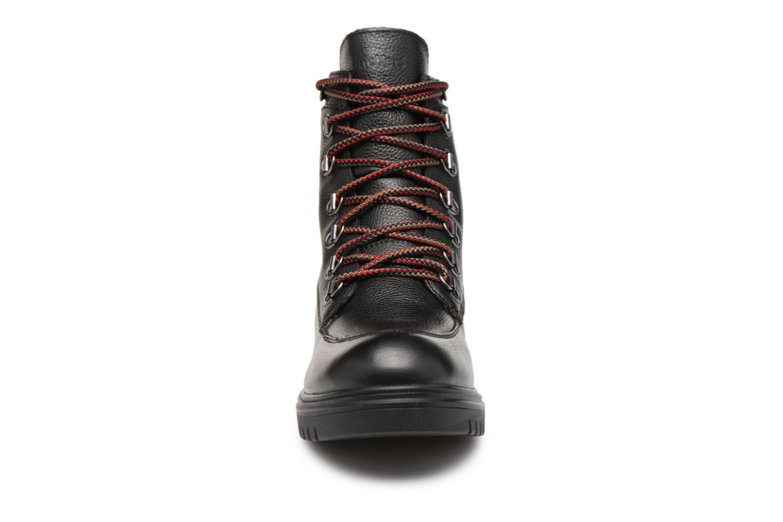 Stiefeletten & Boots Kickers ISERANE schwarz schuhe getragen