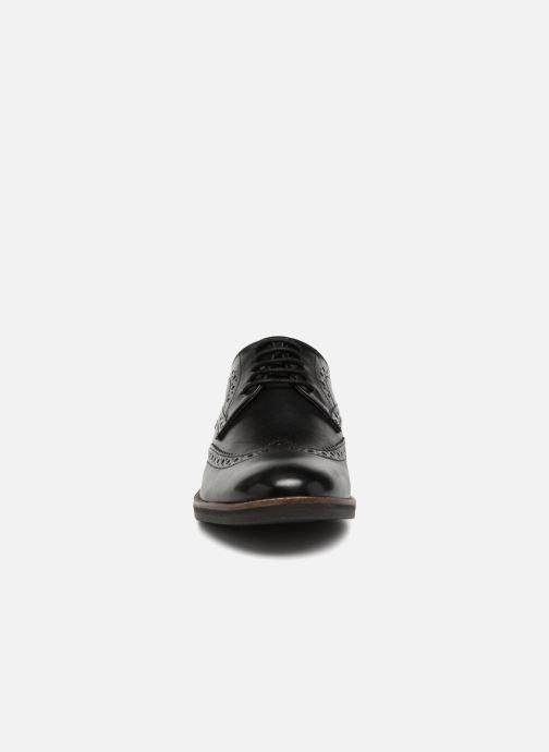 Zapatos con cordones Kickers ELDYS Negro vista del modelo