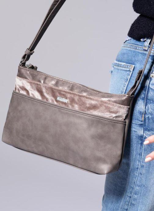 Sacs à main Tamaris Khema Crossbody S Bag Gris vue bas / vue portée sac