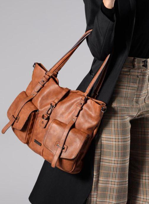 Sacs à main Tamaris Bernadette Shopping Bag Marron vue bas / vue portée sac