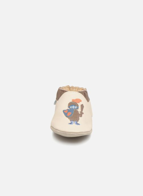 Hjemmesko Robeez KNIGHT & DRAGON Beige se skoene på