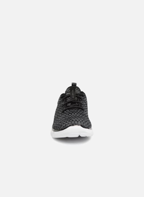 Chaussures de sport Skechers Flex Advantage 2.0 Cravy E Noir vue portées chaussures