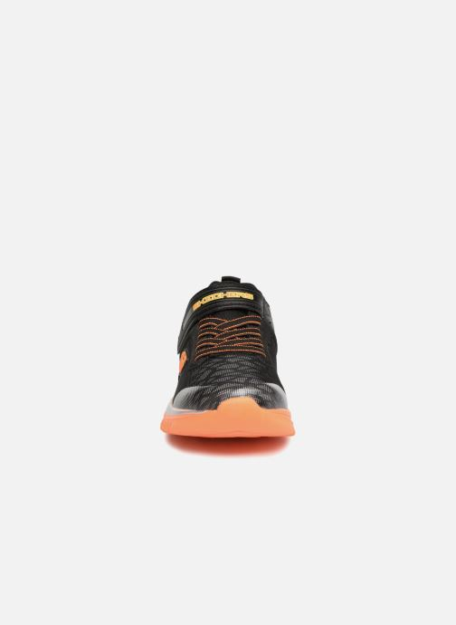 Sportschuhe Skechers Turboshift Ultrareflector schwarz schuhe getragen