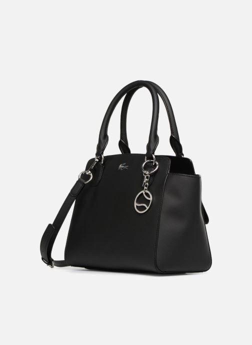Sacs à main Lacoste Daily Classic Shopping Bag Noir vue portées chaussures