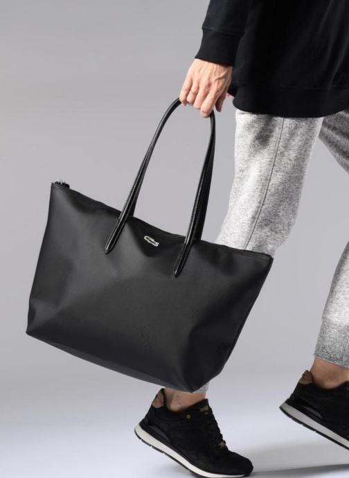 Sacs à main Lacoste L.12.12 Concept L Shopping Bag Noir vue bas / vue portée sac
