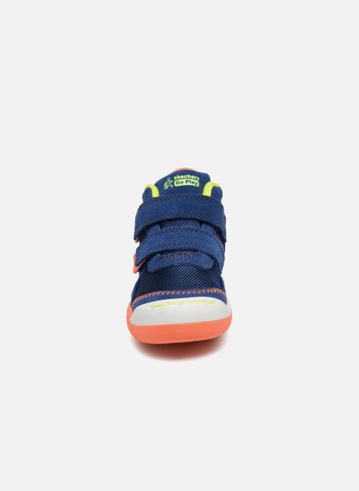 Sneakers Skechers Flex Play Mid Dash Azzurro modello indossato