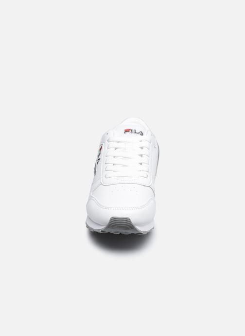 Baskets FILA Orbit Low W Blanc vue portées chaussures