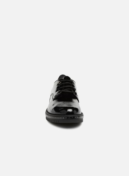 Chaussures à lacets Tamaris NUNA Noir vue portées chaussures