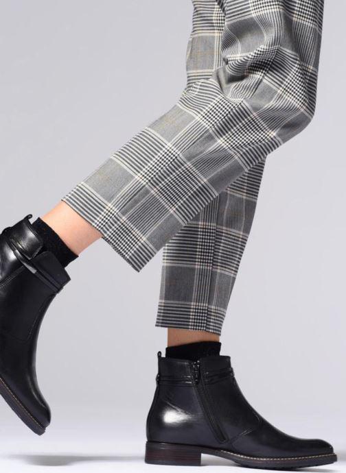 Bottines et boots Tamaris ZOZ Noir vue bas / vue portée sac