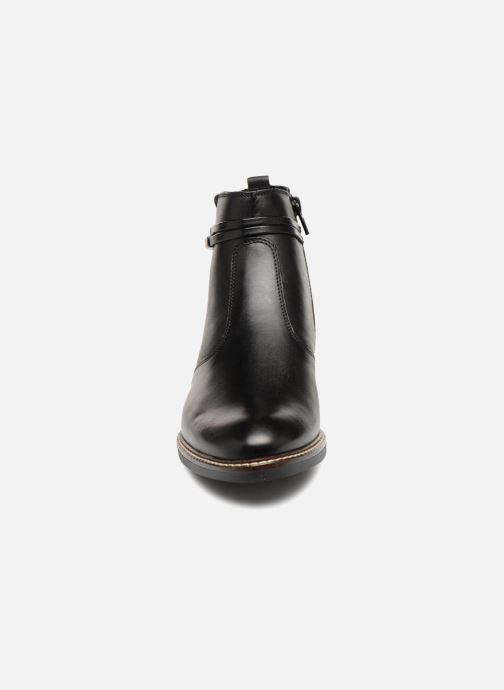 Bottines et boots Tamaris ZOZ Noir vue portées chaussures