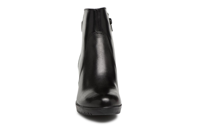 Bottines et boots Tamaris WEN Noir vue portées chaussures