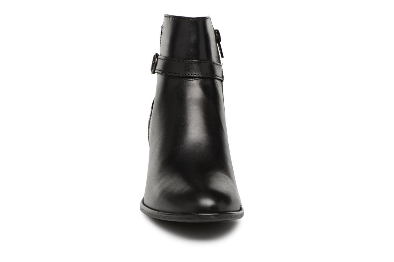 Bottines et boots Tamaris KOULY Noir vue portées chaussures