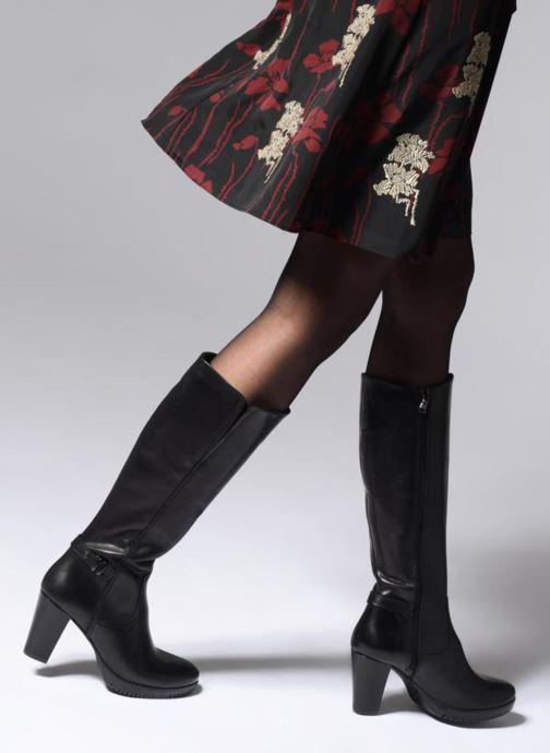Stiefel Tamaris TYON schwarz ansicht von unten / tasche getragen